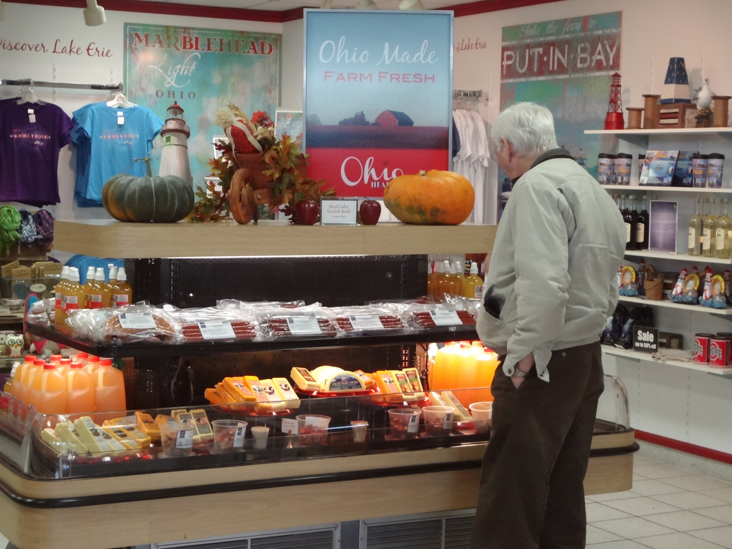 Customer shopping at the Ohio Turnpike service plaza shop